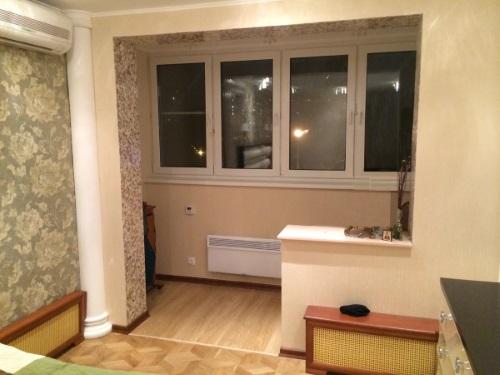 Кухня совмещенная с лоджией, объединение лоджии с комнатой.